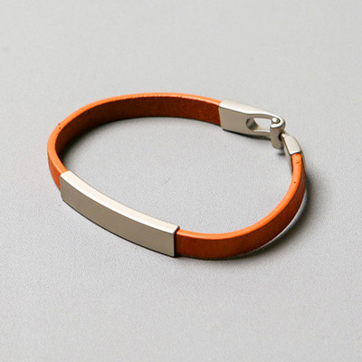 [BE2691]Flat Leather Bracelet( 4 color Free size )